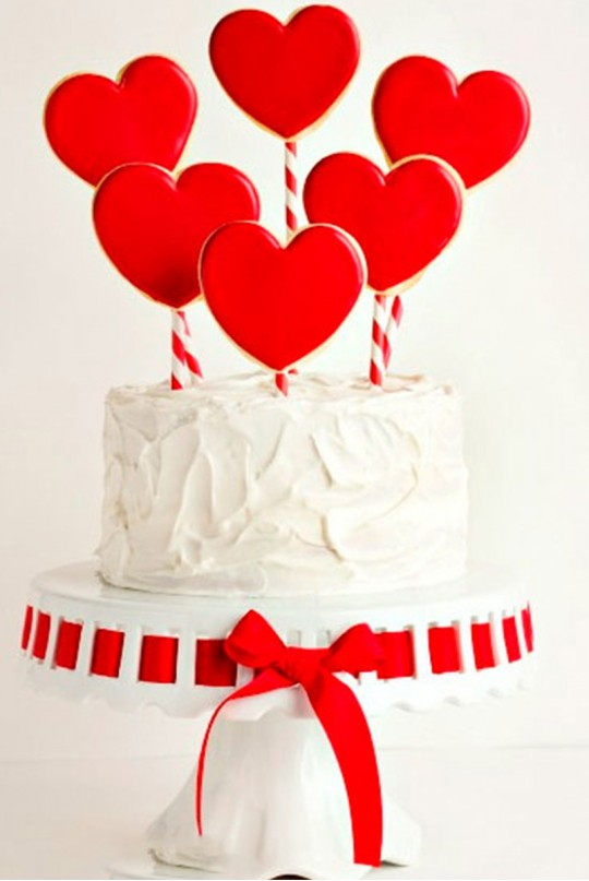Торт на День Святого Валентина на заказ